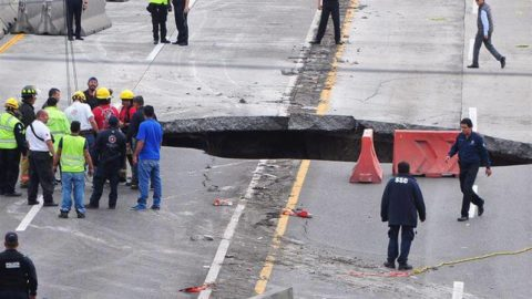 El escándalo de las obras públicas en México