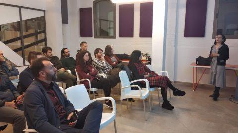 Casos de uso en Realidad Virtual y Aumentada en Turismo y Psicología.